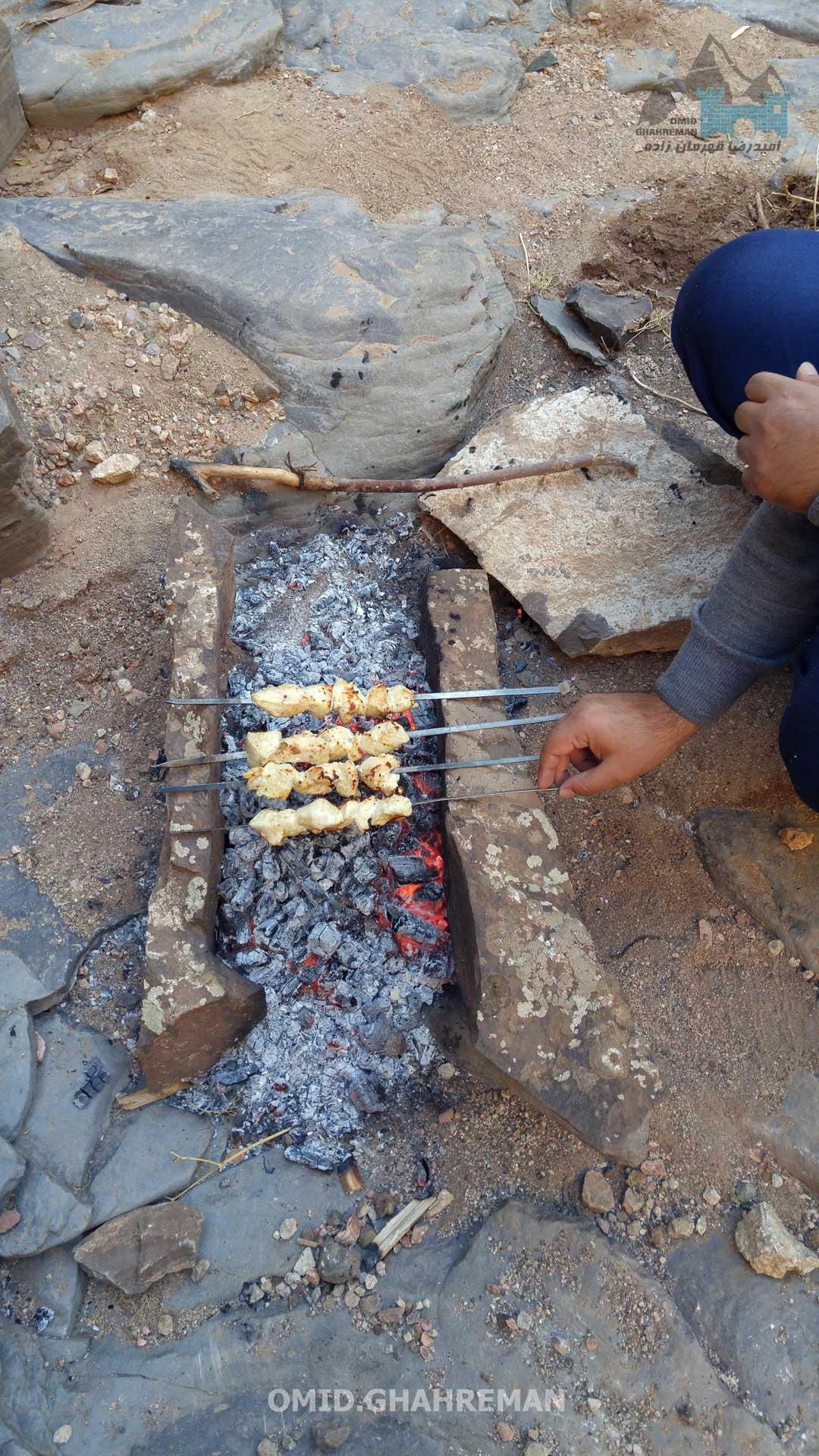 تدارک غذا در دره بدولی