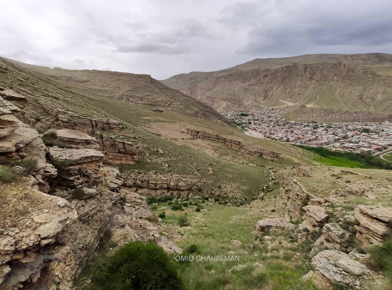 دره بزرگ در بالای بشگوز ماکو