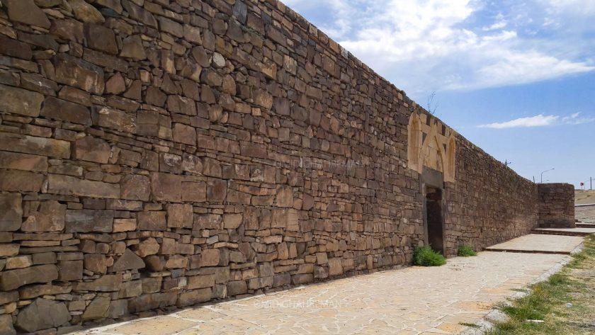 دیوار کلیسای طاطاوس