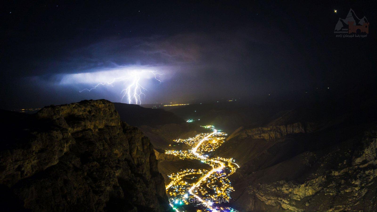 رعد و برق در شب های شهر ماکو