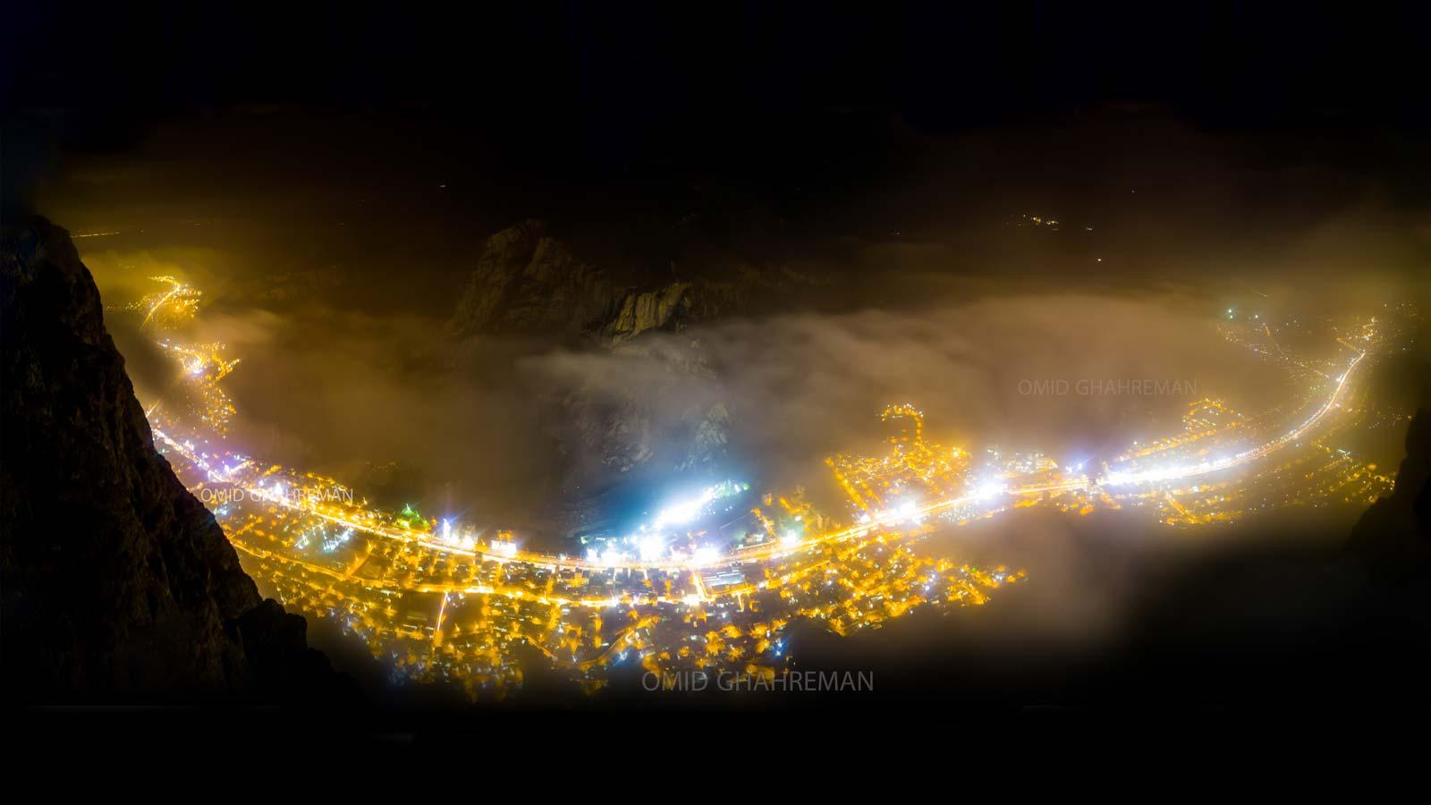 شب های ماکو همچون رودخانه طلایی غرق در مه