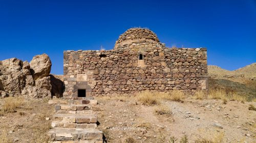 صومعه زاکاریا و یا زکریای مقدرس در نزدیکی کلیسای تادئوس