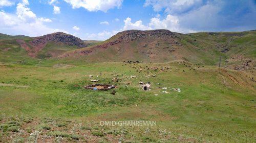 عشایر سیاه چادر در مرز آواجیق