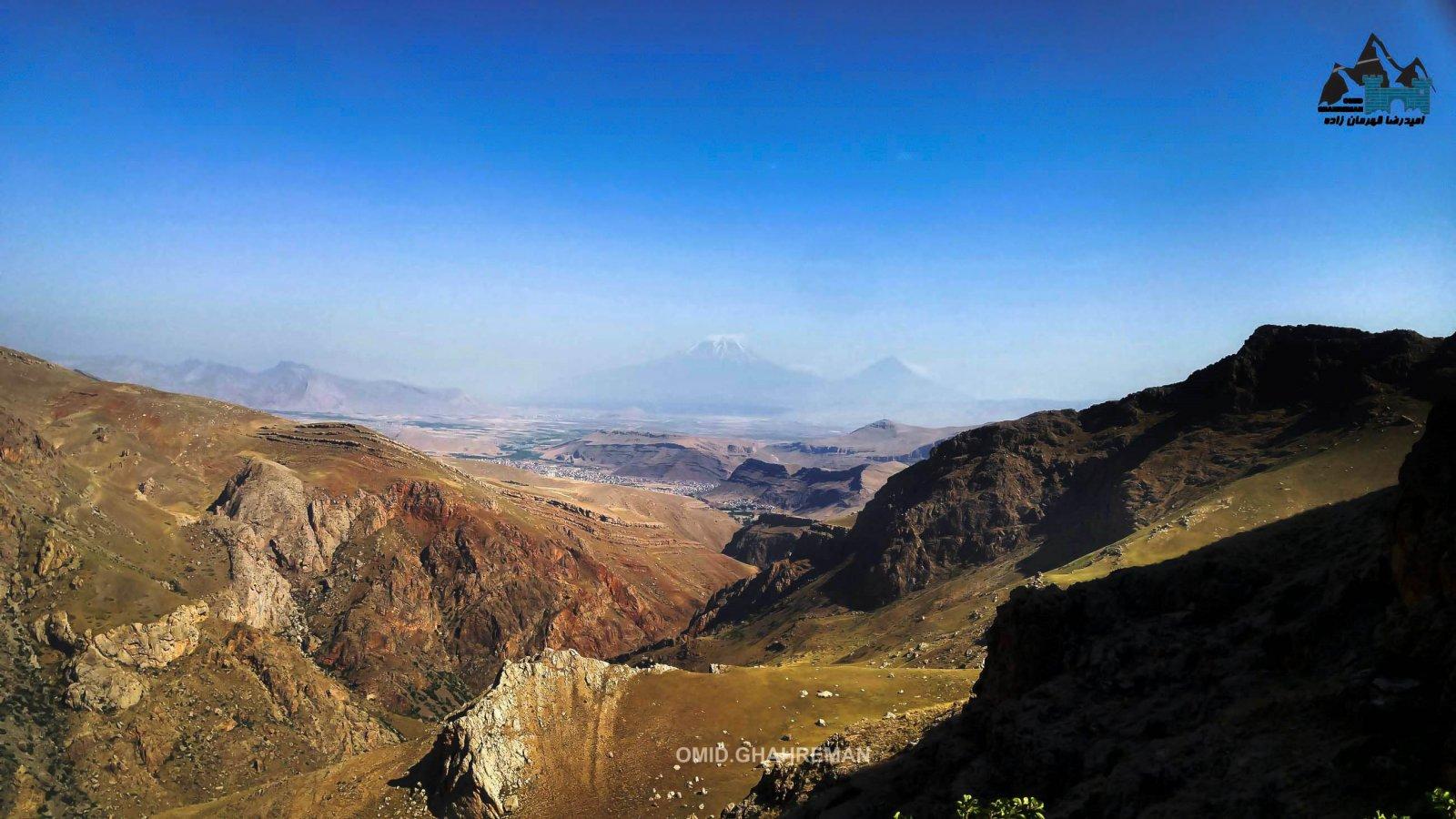 در مسیر صغود به کوه قارلی ماکو