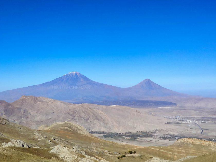 نمایی از کوه آغری و یا همان آرارات از ارتفاعات ماکو