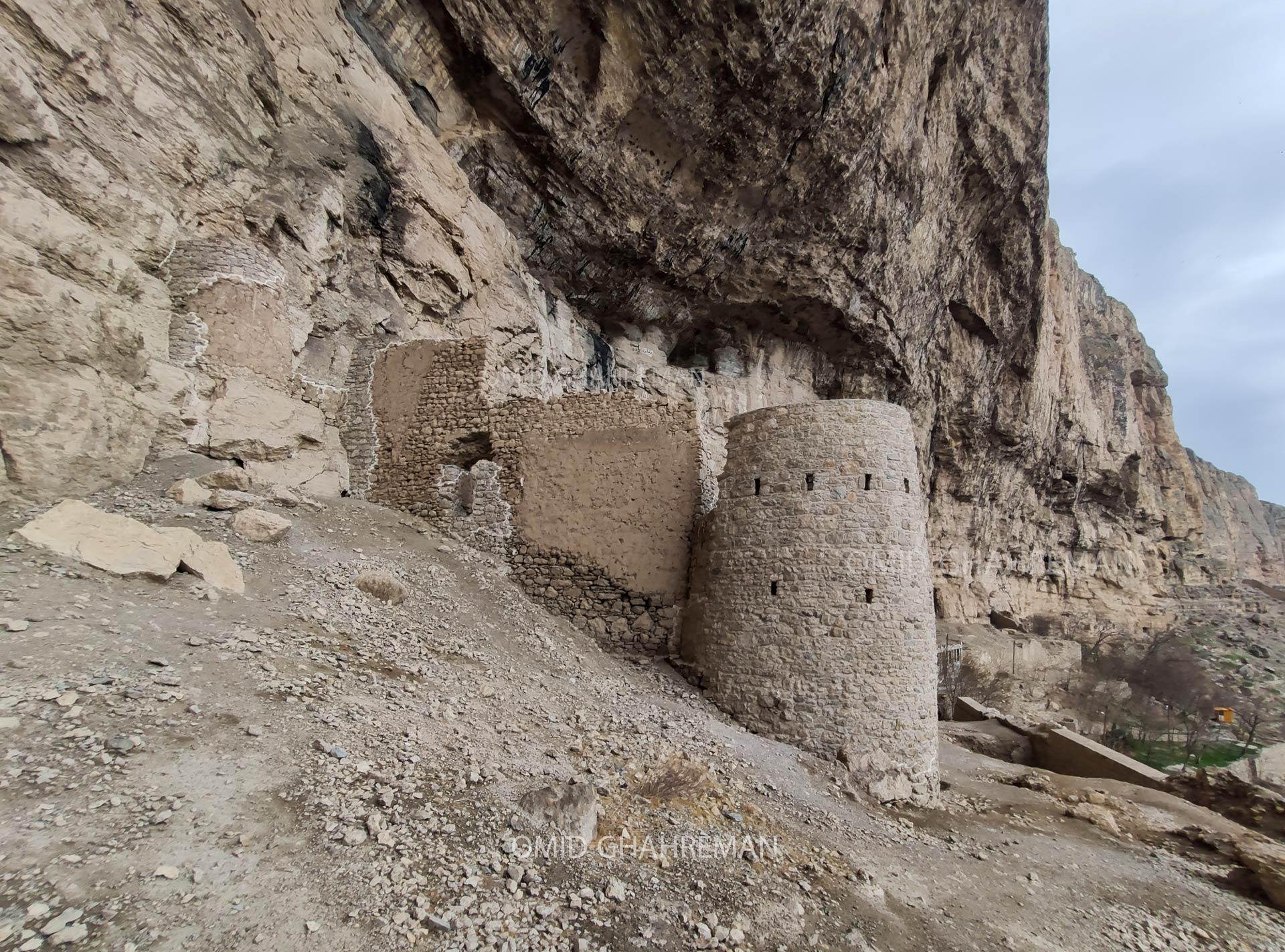 ورودی قلعه تاریخی ماکو Qaban Castle of maku