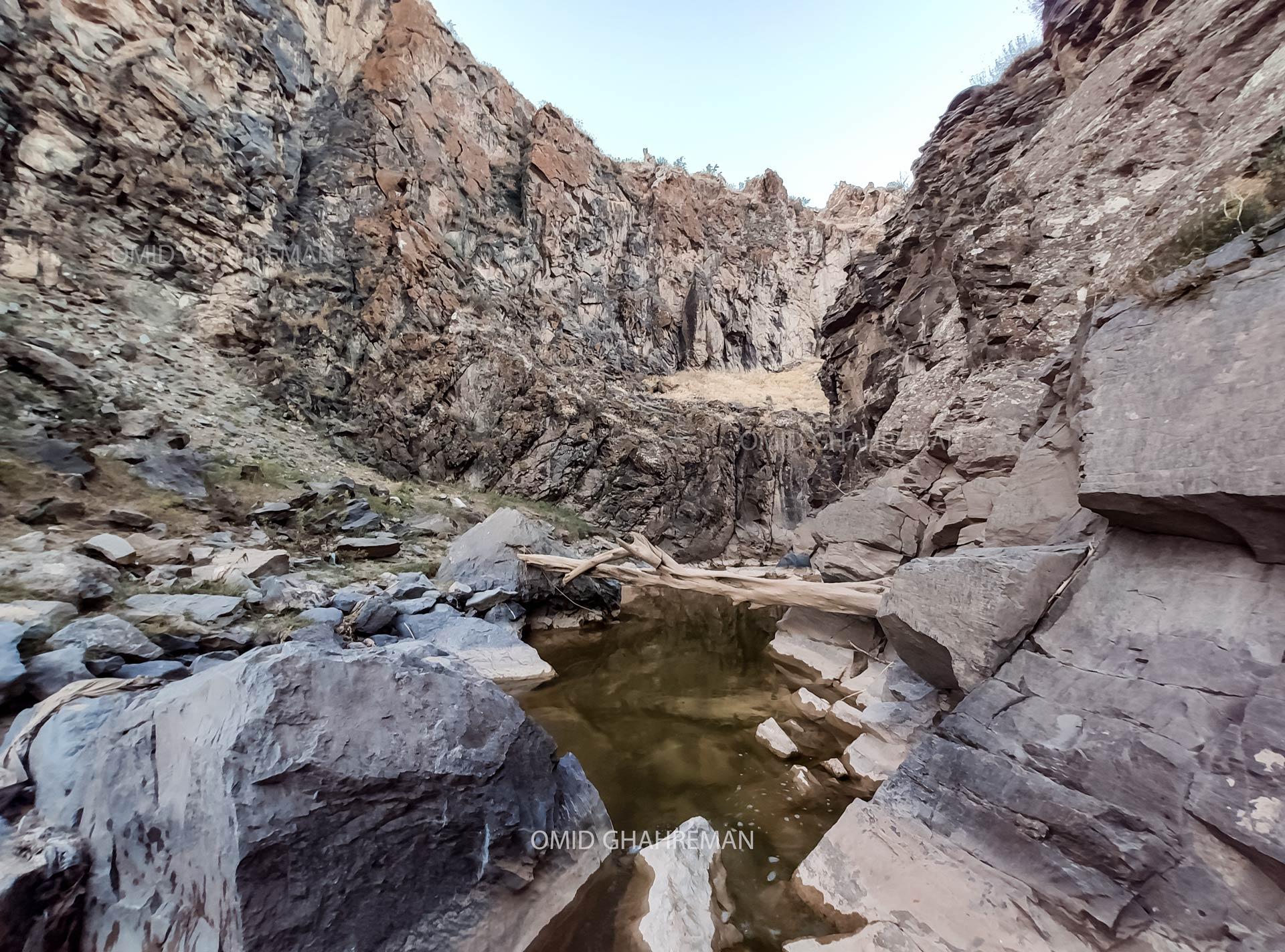 پایان دره قیرمیزیلیخ و ایلانلار دره سی