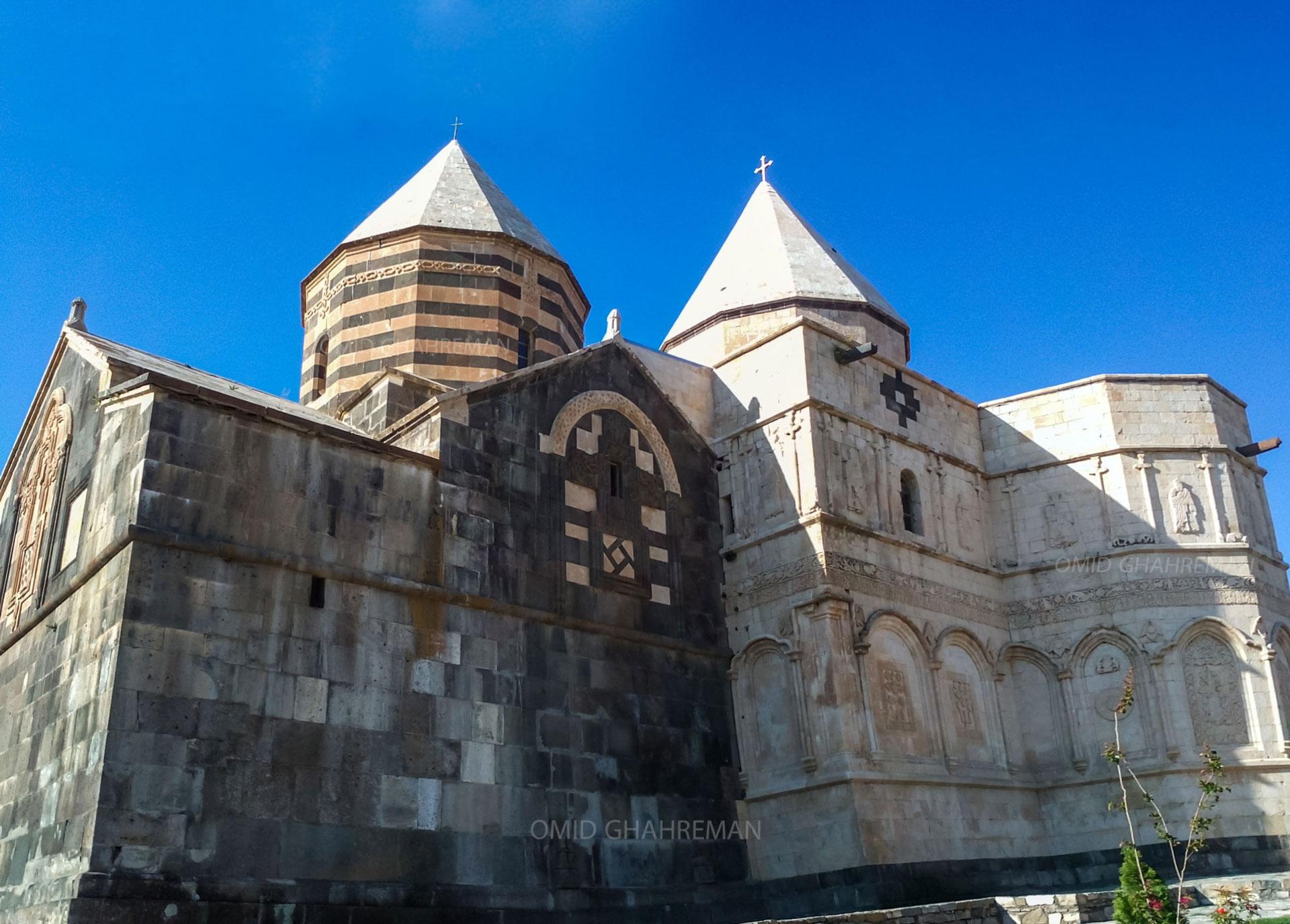 کلیسای تادئوس مقدس معروف به طاطاوس یا قره کلیسا