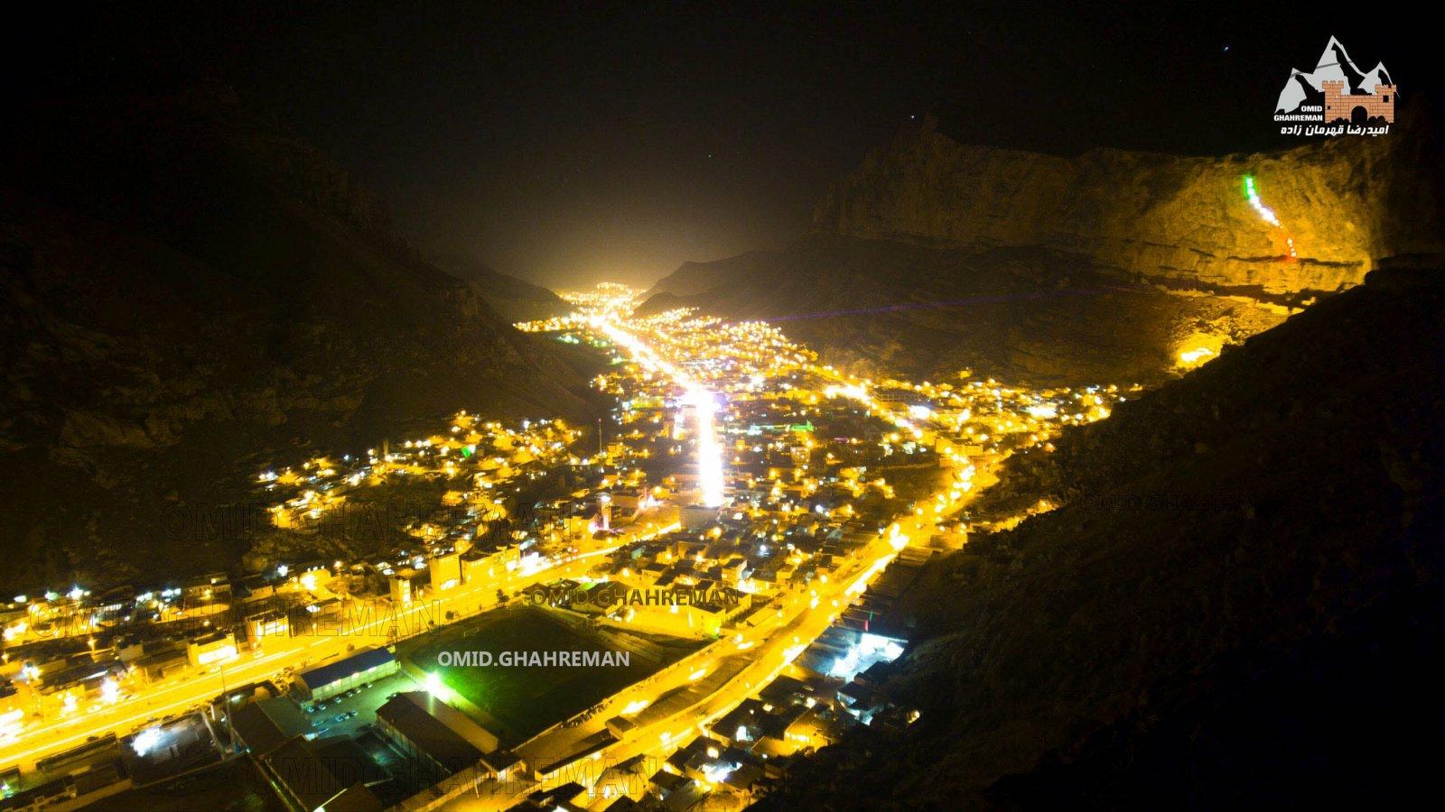 شهر ماکو و شبهای زیبای این شهر سنگی