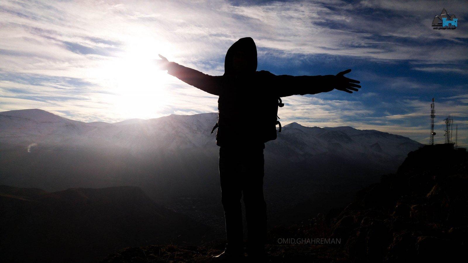 امید قهرمان بر فراز کوه قیه