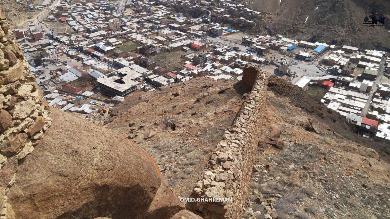 امتداد دیوار قلعه قبان ماکو