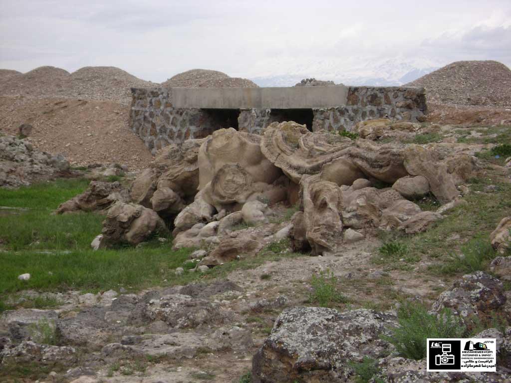 سنگ های عجیب در روستای رند ماکو