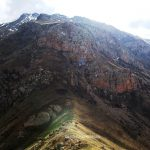 کوه چیرچین یا چرکین شهر ماکو در گذر خورشید