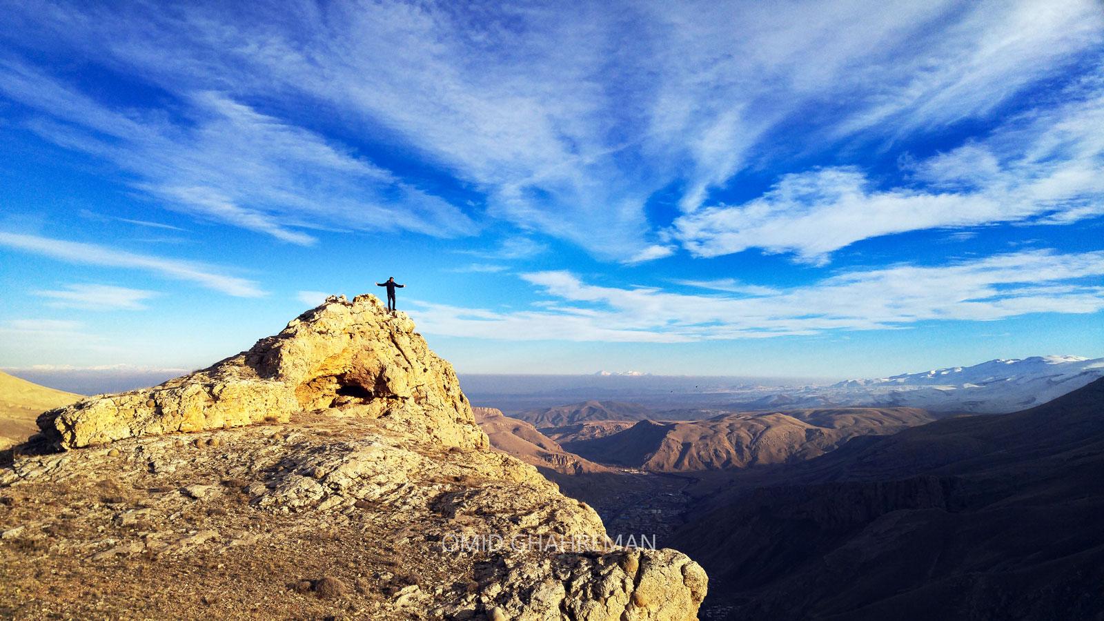 بر فراز کوه قیه ماکو