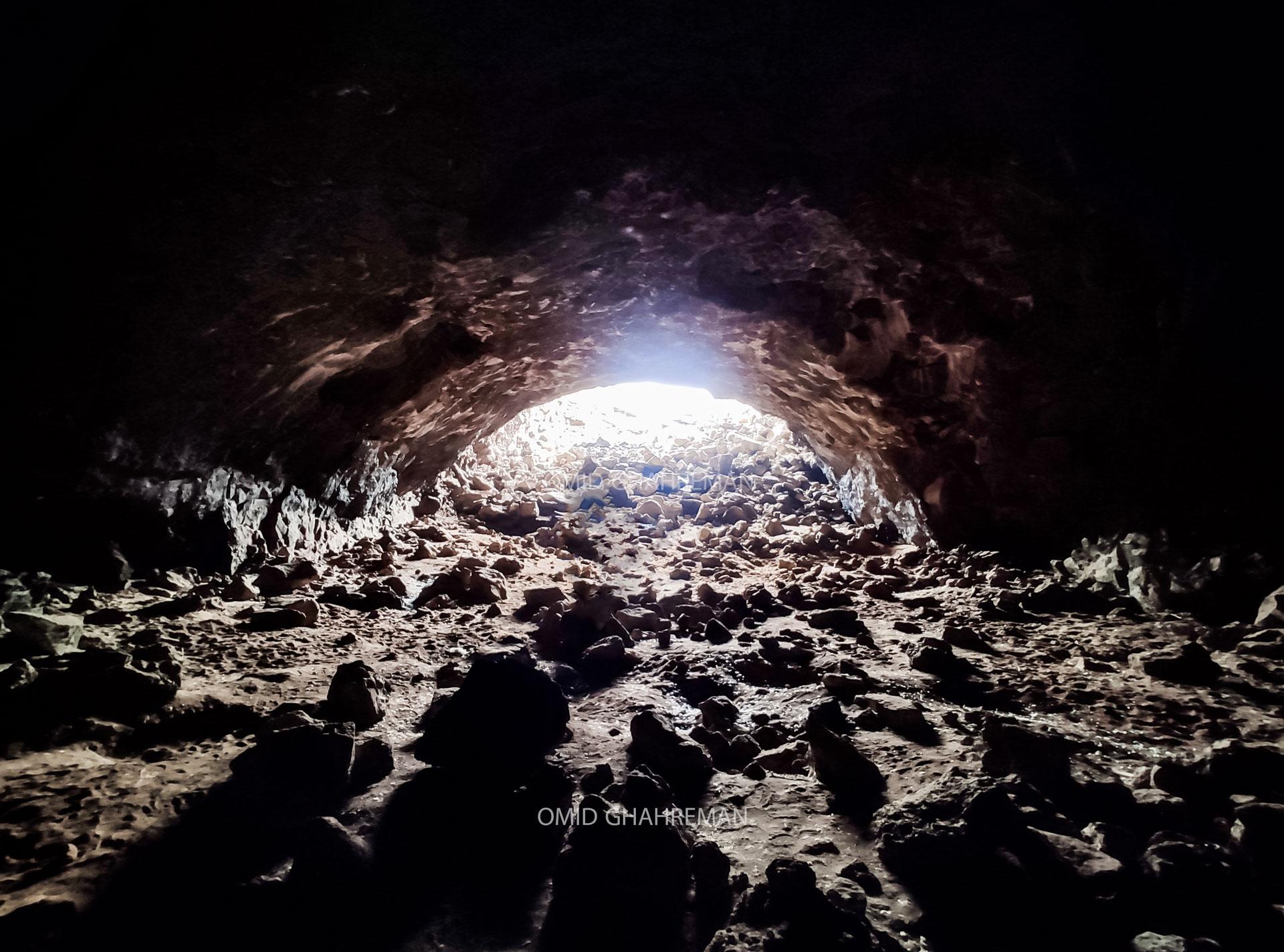 LavaTube Govarchin Cave غار تونلی آتش فشانی در روستای بابور